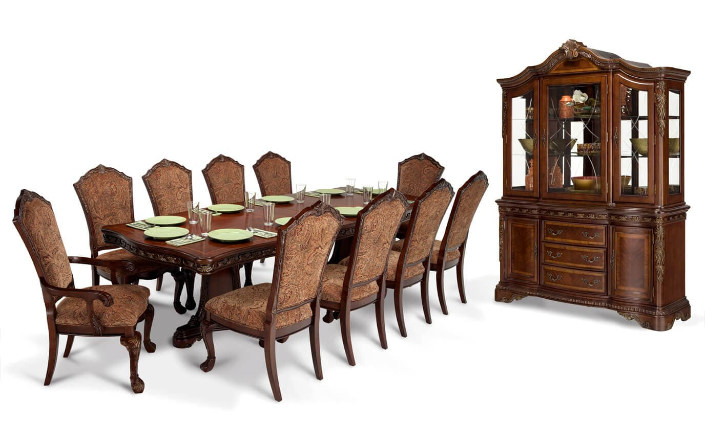 Incroyable Majestic 13 Piece Dining Set With China
