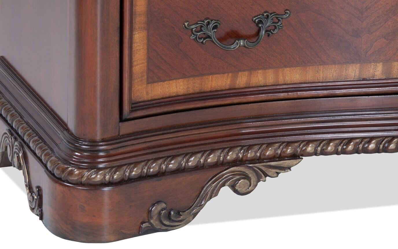 Majestic Dresser