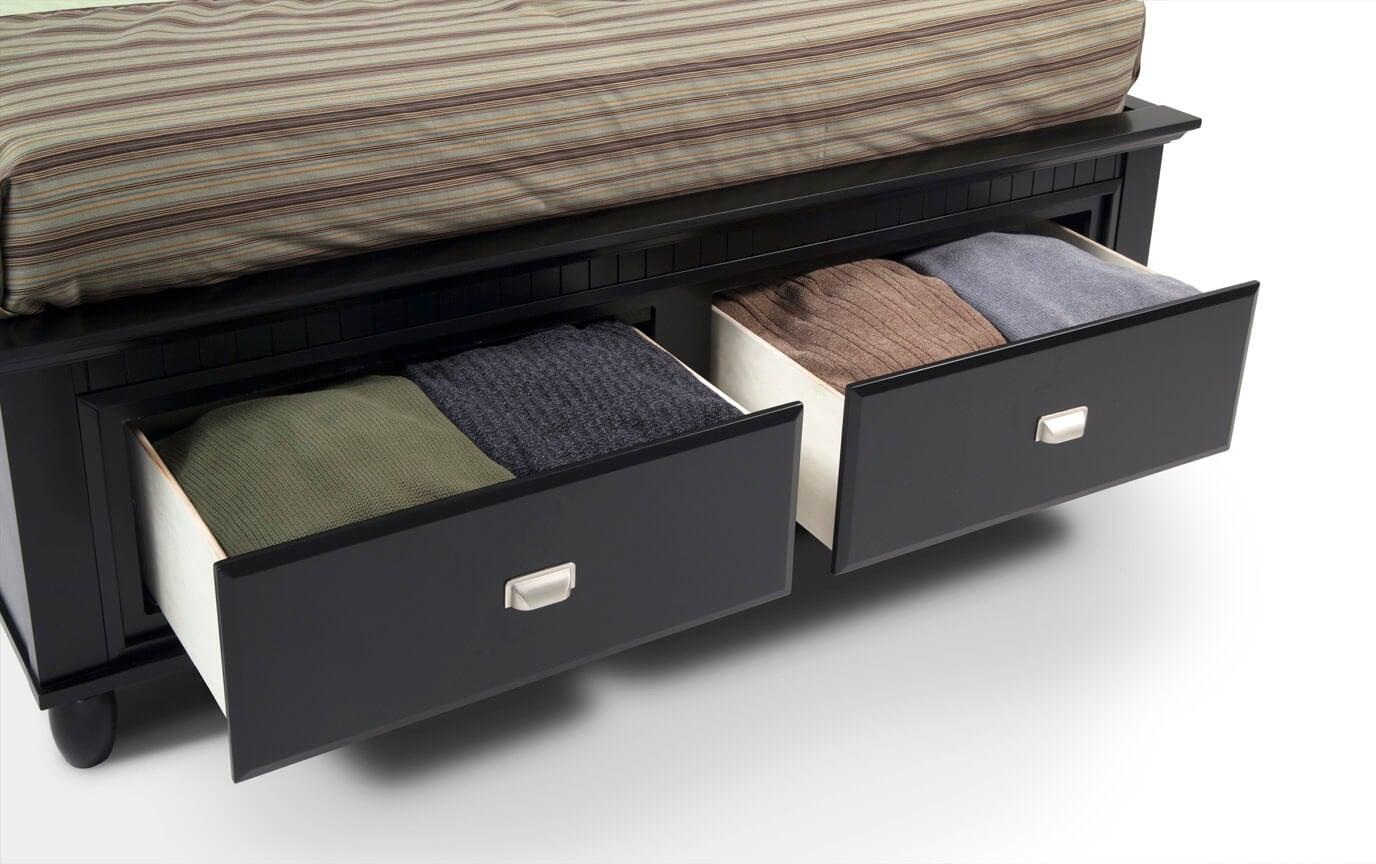 Spencer Storage Queen Black Bedroom Set