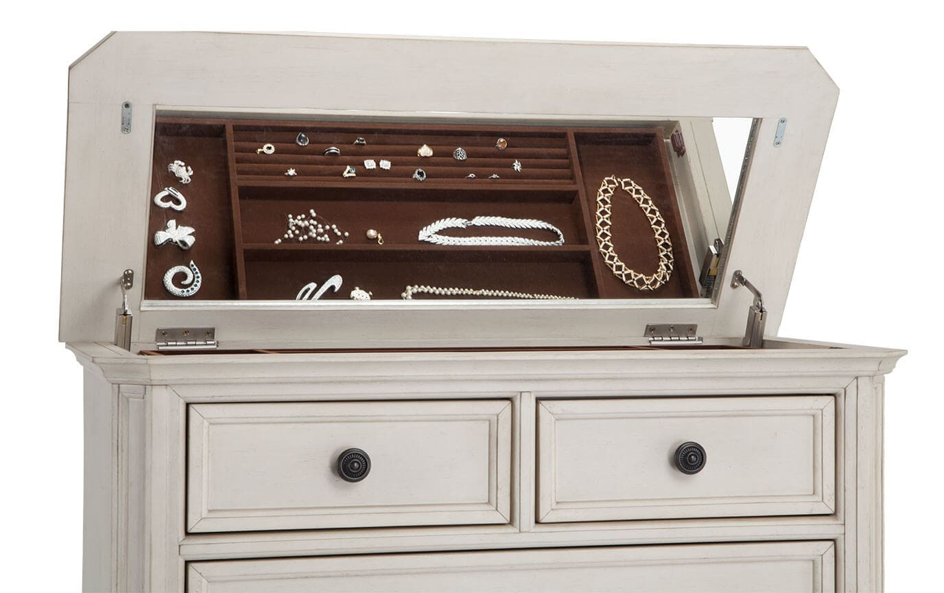 Euro Cottage Chest