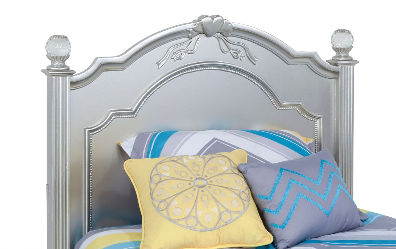 Madelyn Full Platinum Bed