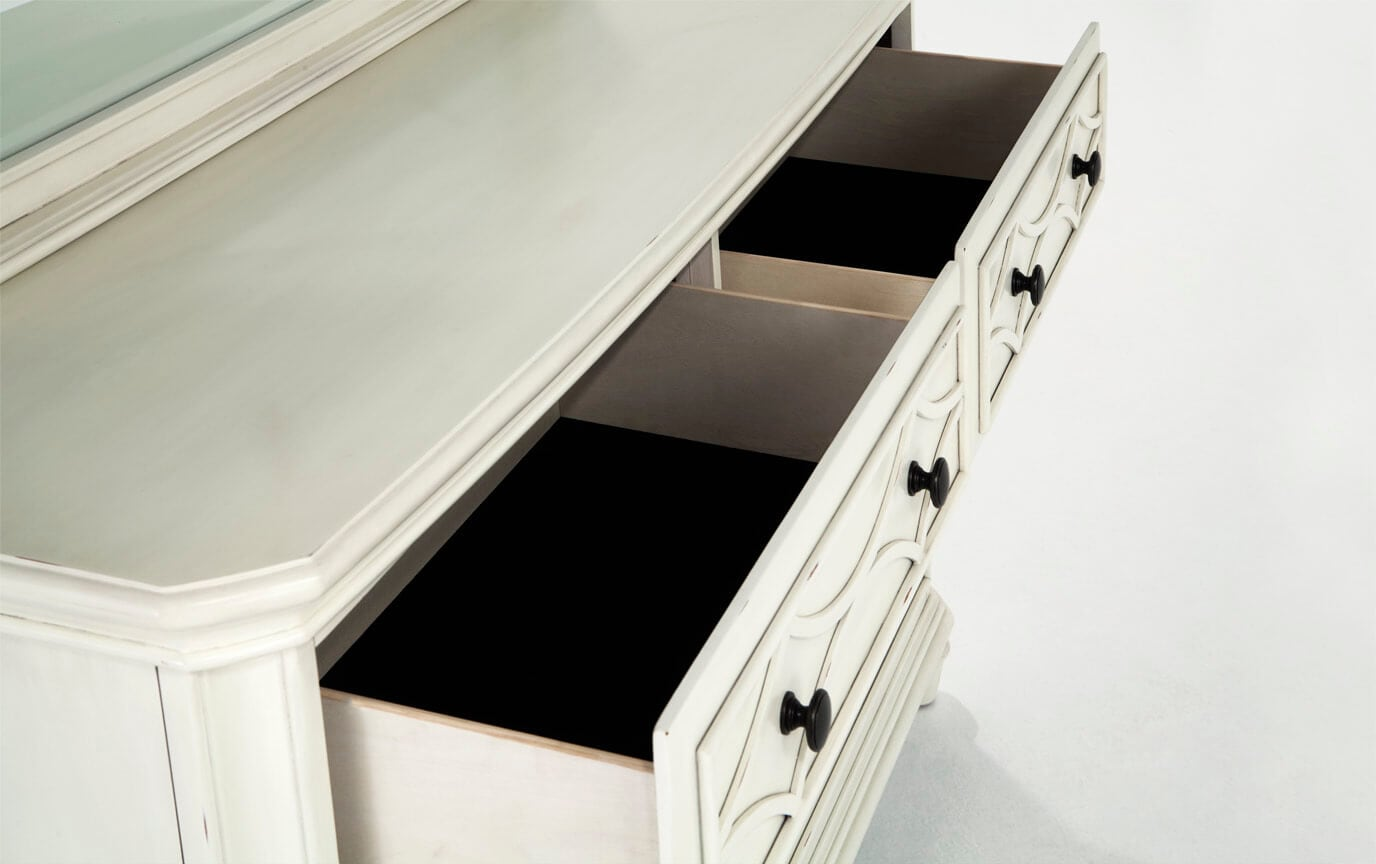 Mystic Bay Dresser & Mirror
