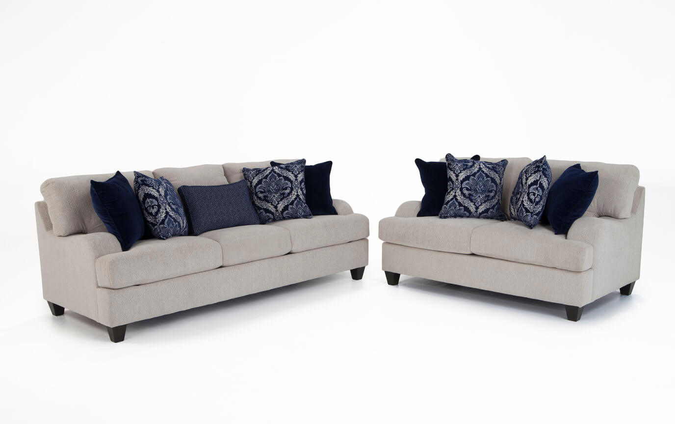Hamptons Sofa & Loveseat | Bob\'s Discount Furniture