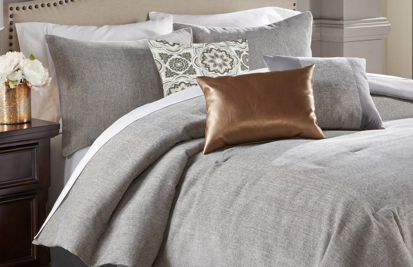 Donovan King 7 Piece Comforter Set