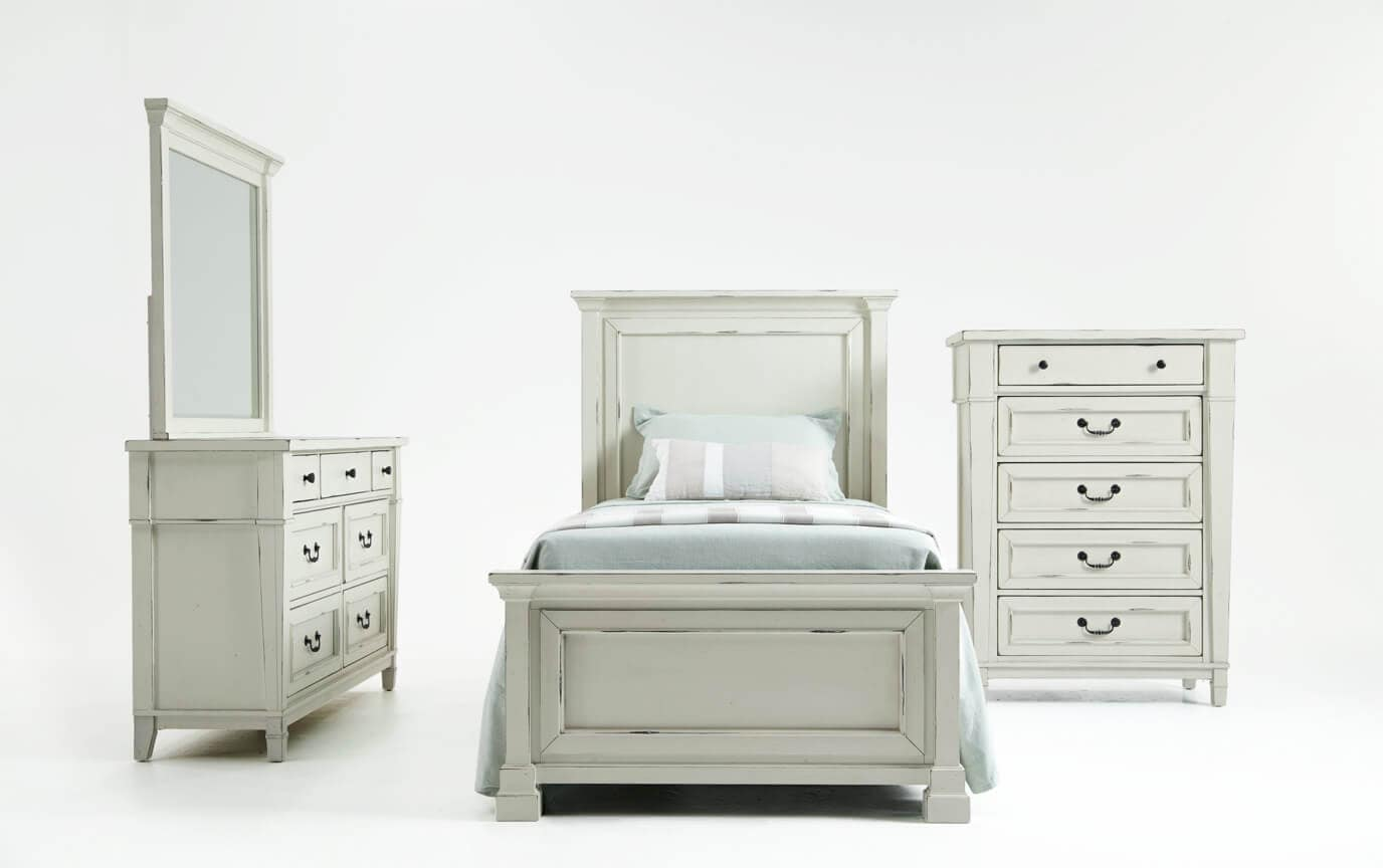 Julia Youth Bedroom Set