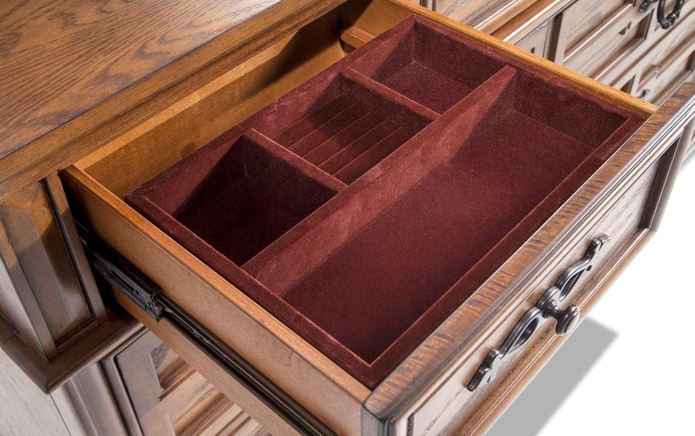 Castle Rock Dresser