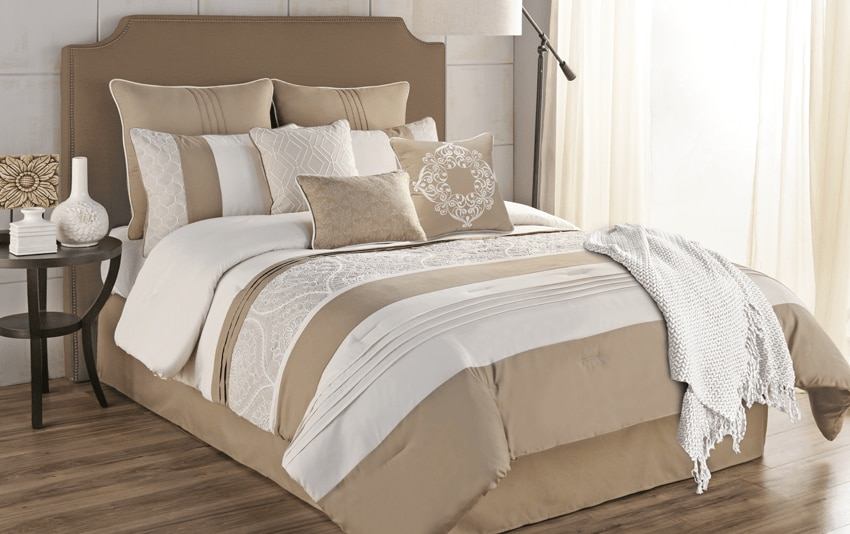 Willow 10 Piece Queen Comforter Set