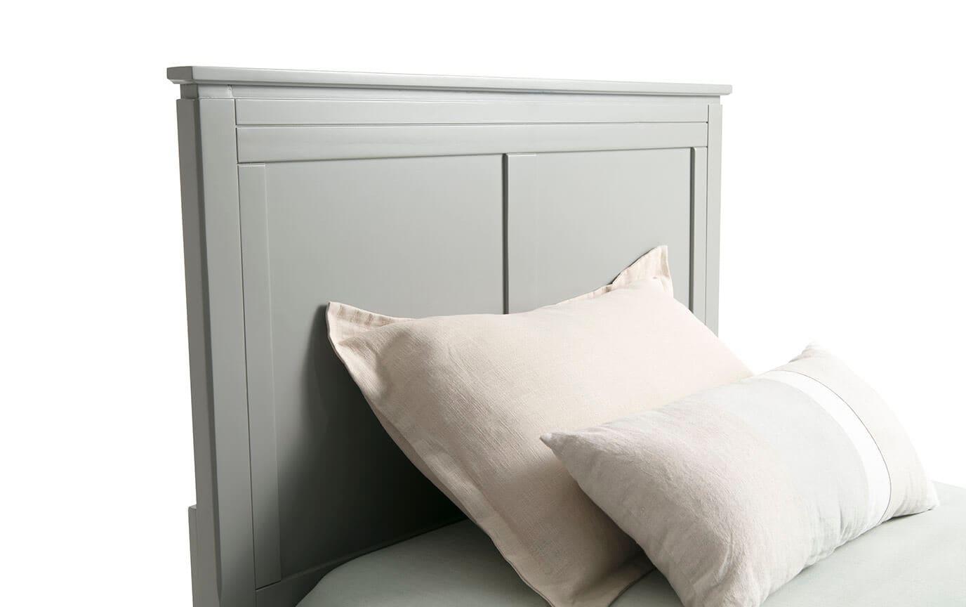 Chadwick Full Gray Panel Bed