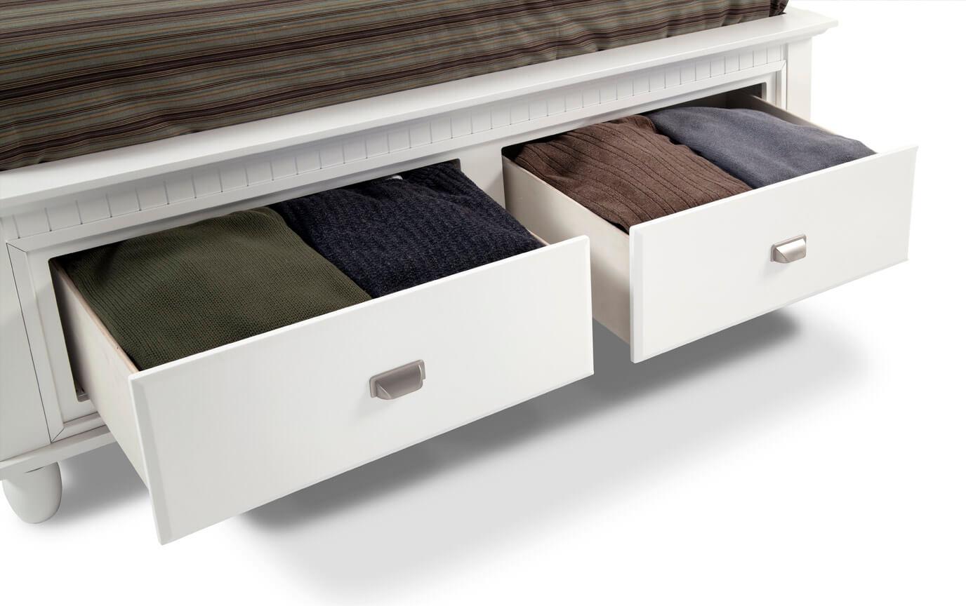 Spencer Storage California King White Bedroom Set