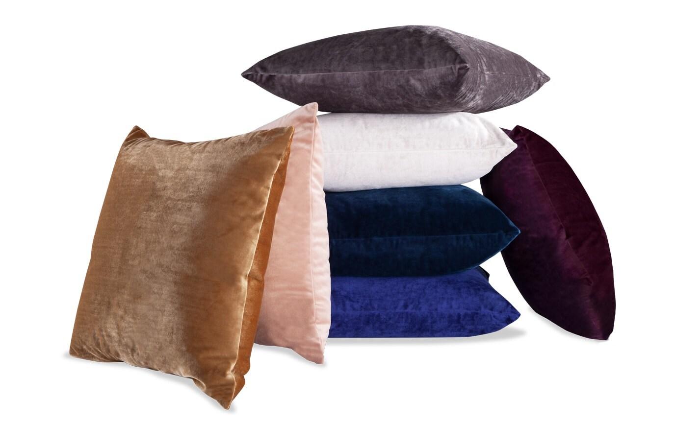 Set of 2 Velvet Pillows