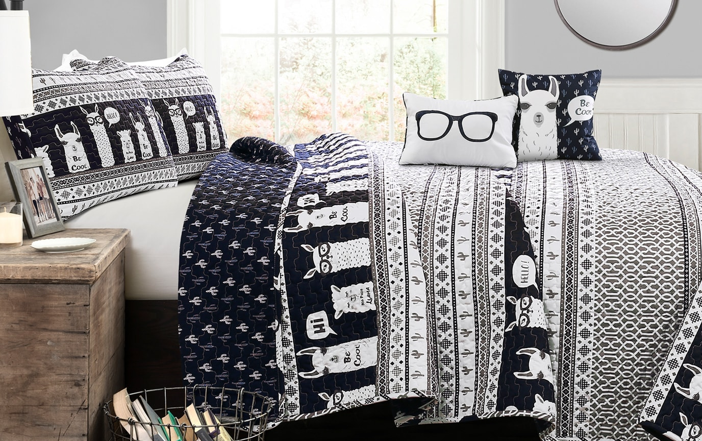 Cool Llama Twin Navy & White 4 Piece Kids Quilt Set