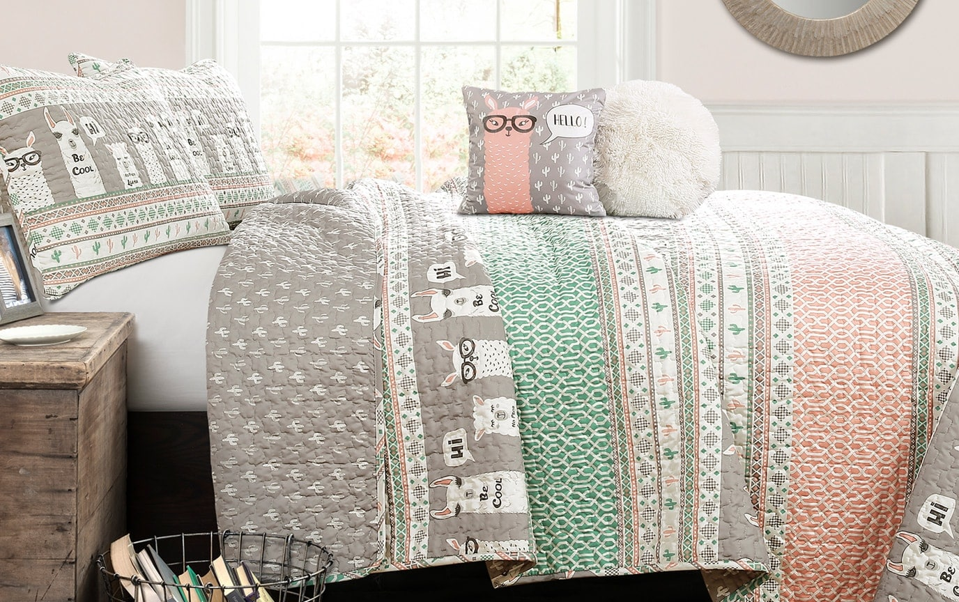Cool Llama 4 Piece Twin Kids Quilt Set