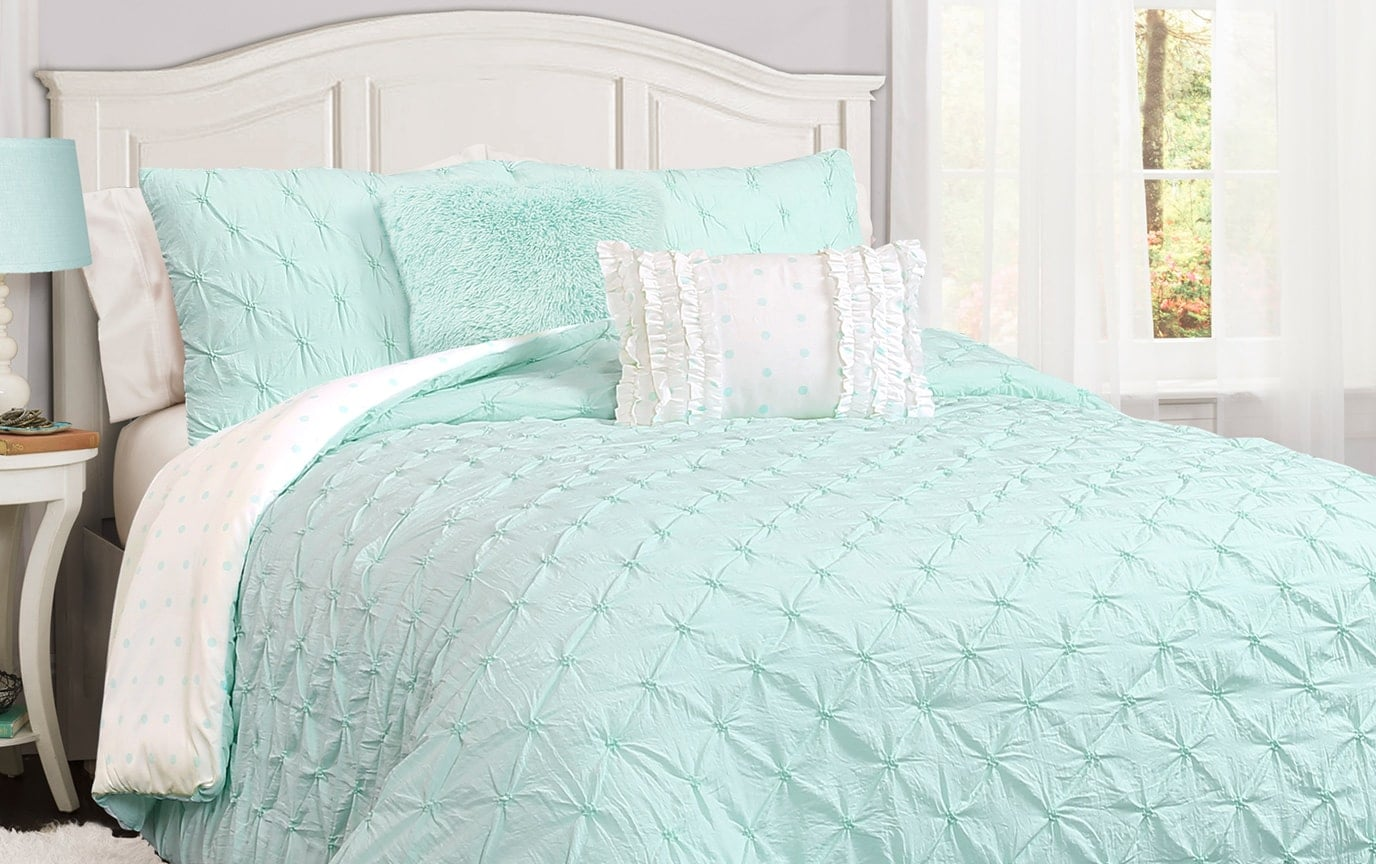 Meredith Pintuck 4 Piece Twin Comforter Set