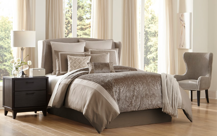 Cambridge Queen 10 Piece Comforter Set