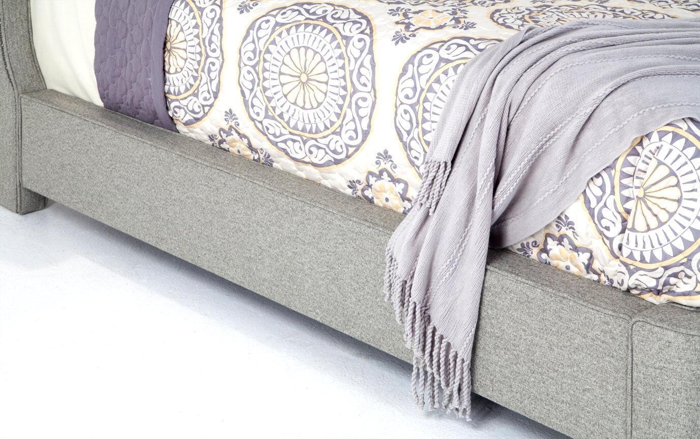 Lisa Upholstered Queen Bed