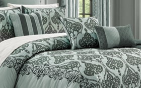 Garcia Spa 14 Piece Queen Comforter Set