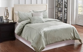 Sienna Velvet 6 Piece Queen Comforter Cover Set